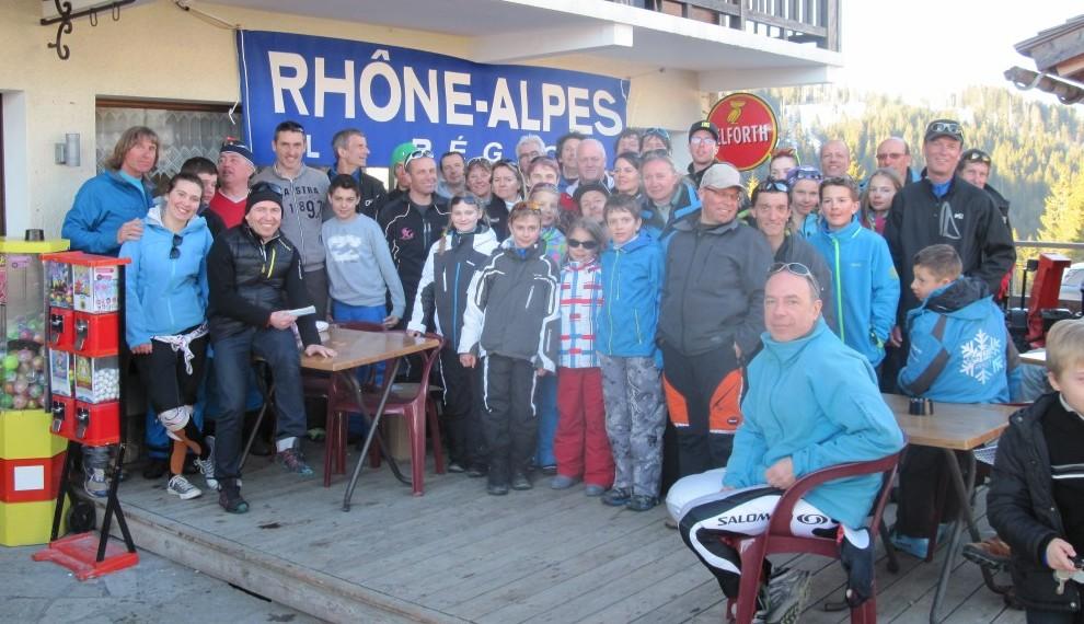 groupe ski à la Croix-Fry